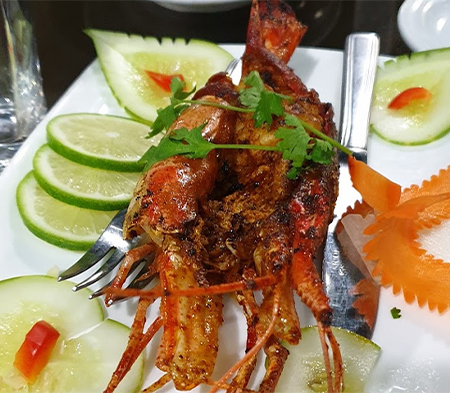 Fresh Sea Food in Sampan Cafe
