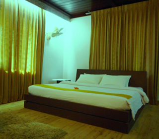 Shampan Resort Bed